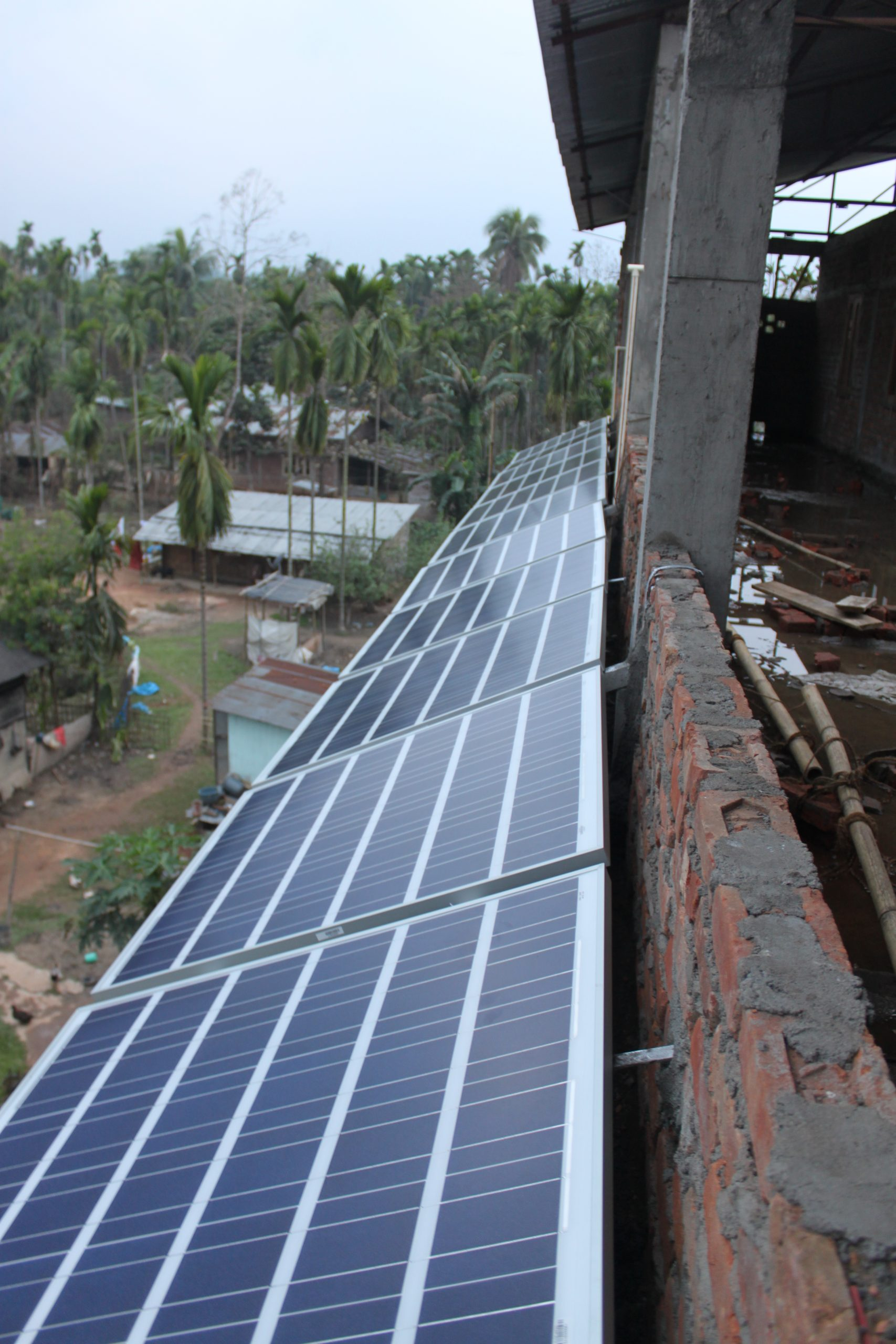 3 kWp Off – Grid Solar Power Plant