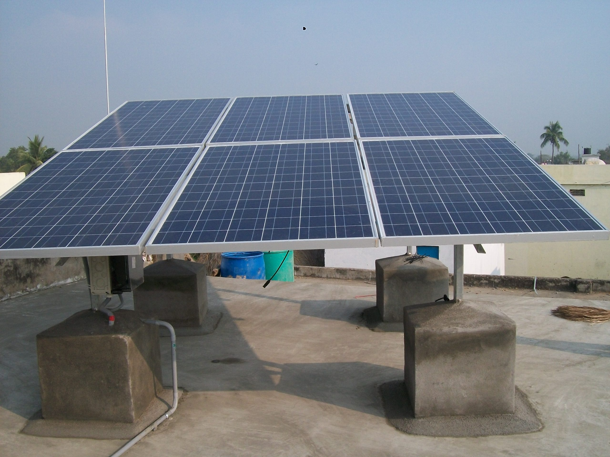 1.5 kWp Off-Grid Rooftop Solar Power Plant