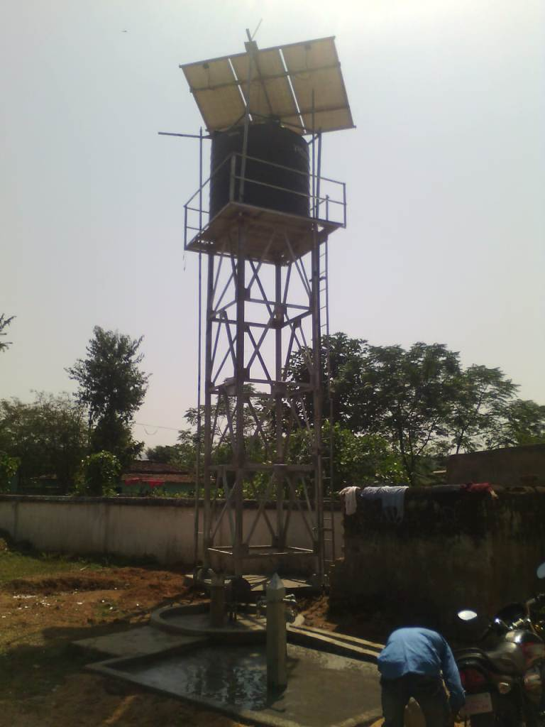 25 Nos* 1 Hp Dual Pipe Solar Water Pumping System for Community Drinking Water