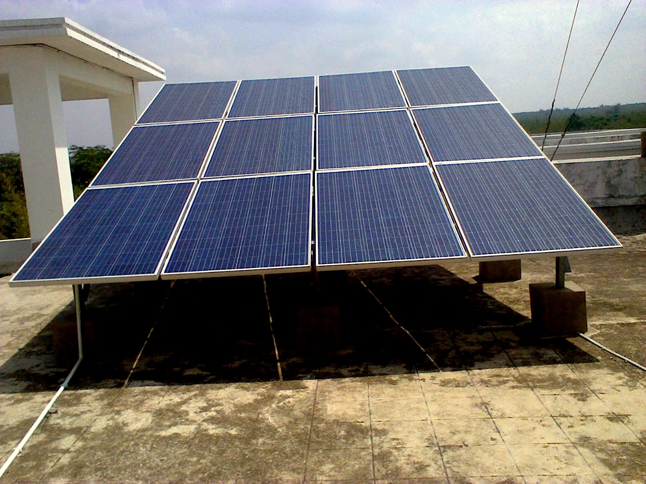 190 kWp Off-Grid Rooftop Solar Power Plant