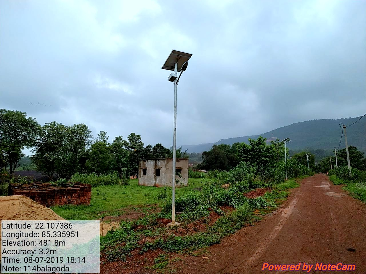 15 Watt * 3024 Nos LED Solar Street Lights